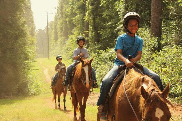 0314 summer camps camp allen horseback riding mrj0qf