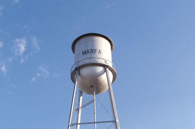0814 open road marfa water tower ucyg4w
