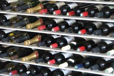 Wine bottles 0 qhg2cs