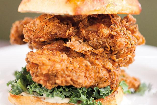 Skillet diner fried chicken sammy hum9ze f5c7fh
