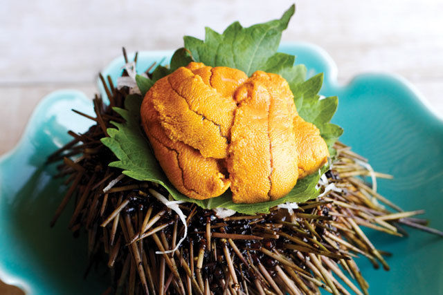 0814 table mf sushi uni wazvnw