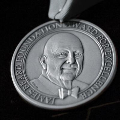 Silver medallion 5 0 t5emk5