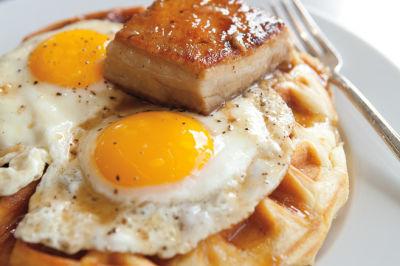 Skillet eggs waffle seattle ufbumz