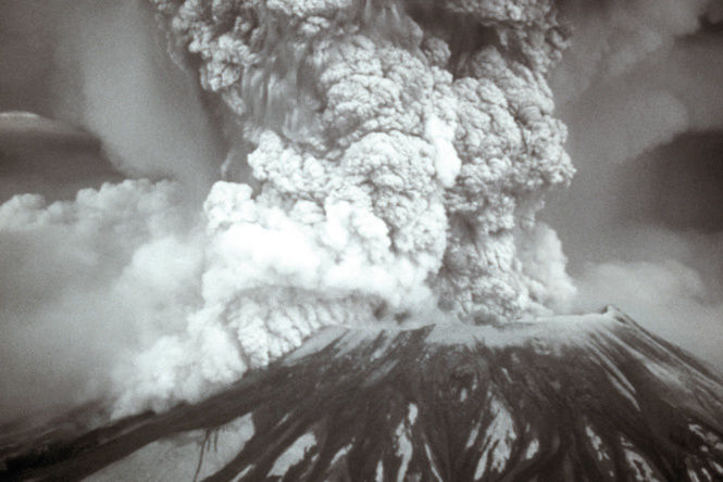 0614 mount st helens eruption 05 18 80 e7ocbv