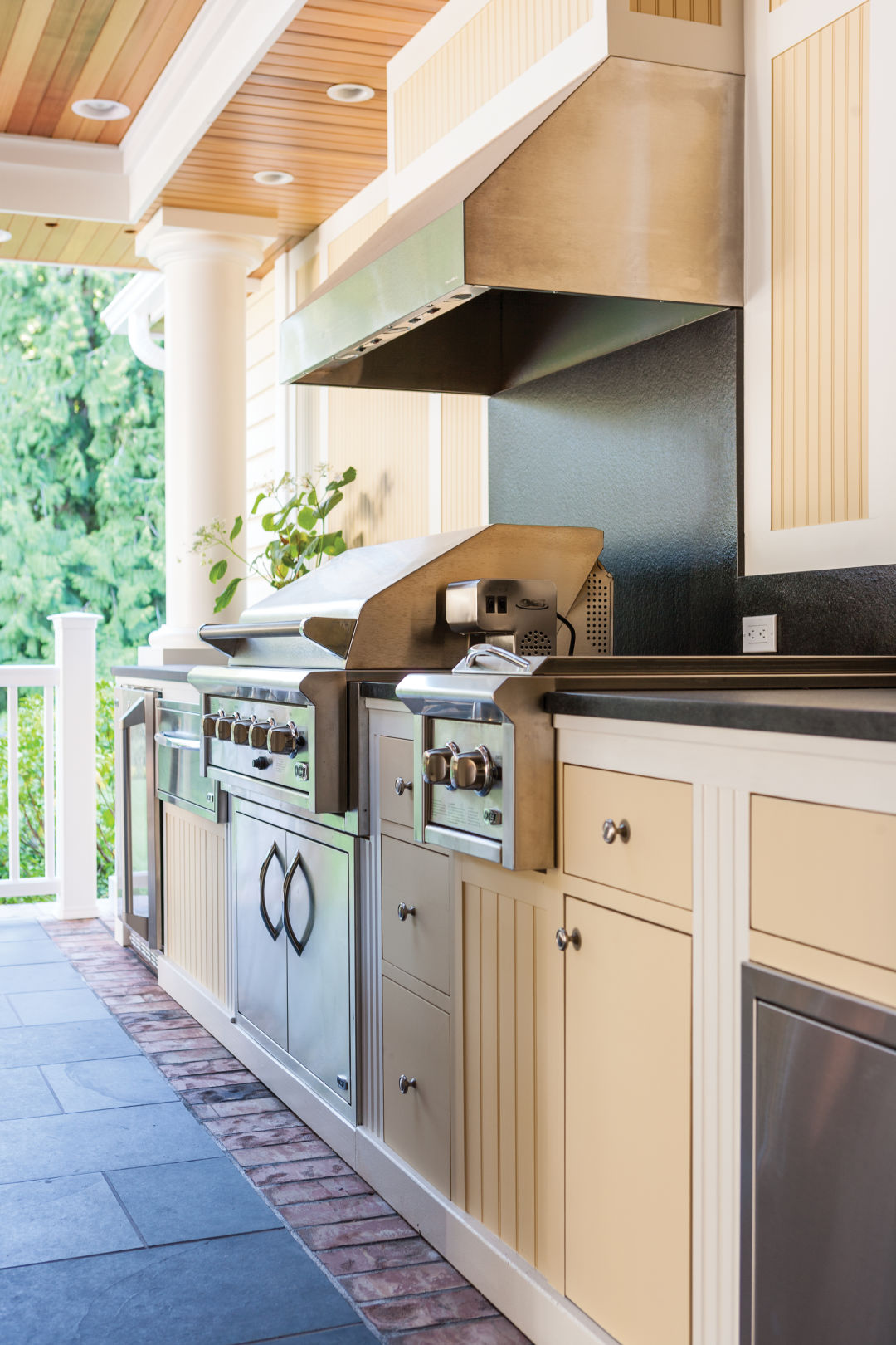 How To Design A Backyard Kitchen