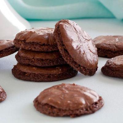 Nigella lawson chocolate macaroons tbnd4v
