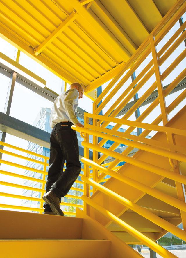 0617 offices daimler staircase xs6zbh