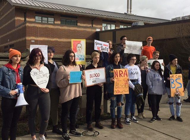 Gun violence high school walkout seattle nra parkland brooke taylor clxjsp