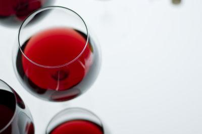 05 82 eat drink vine wine qggpf8