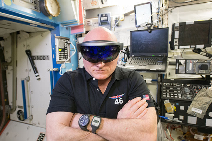 Breitling sa scott kelly image 4 courtesy of nasa eogaq5