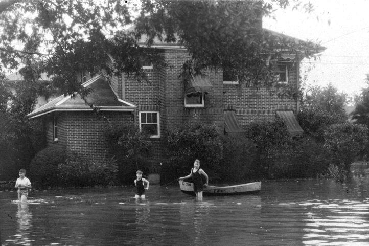 Houston flood 1920s d quiwbx