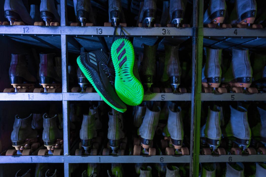 quality design fda43 43a9a Adidas dame4 cq1254 2 yqafcm. Damian Lillard s ...