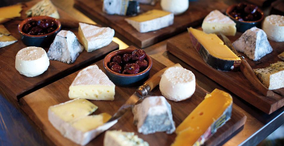 Cheese plate wild goose farm zodgjz