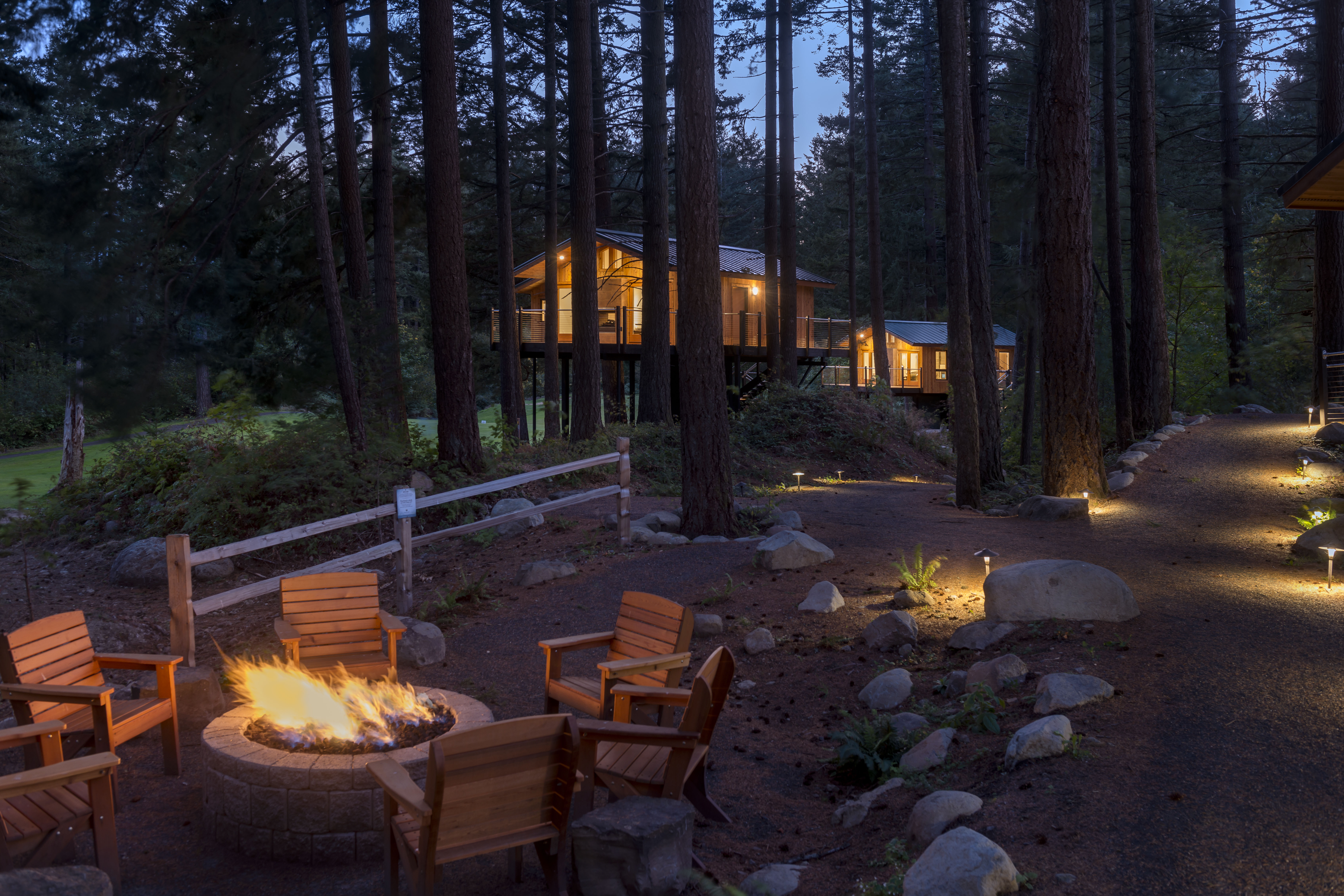 New   skamania lodge accommodations   tree house with firepit and pathway xegzpw