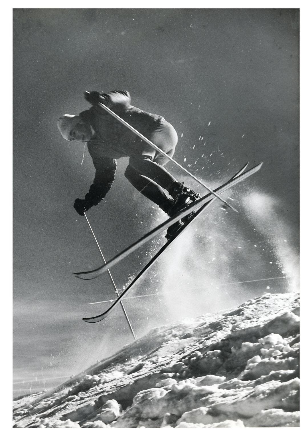 Park city winter 2013 parting shot skiier lh04wx