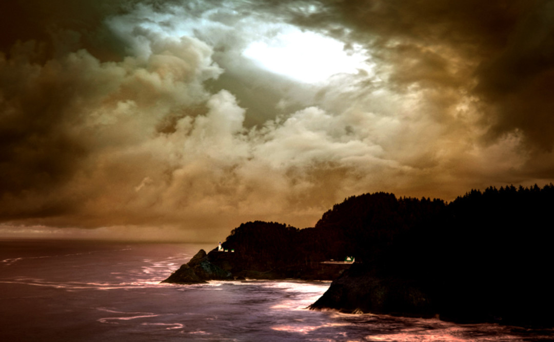 Heceta head lighthouse haunted