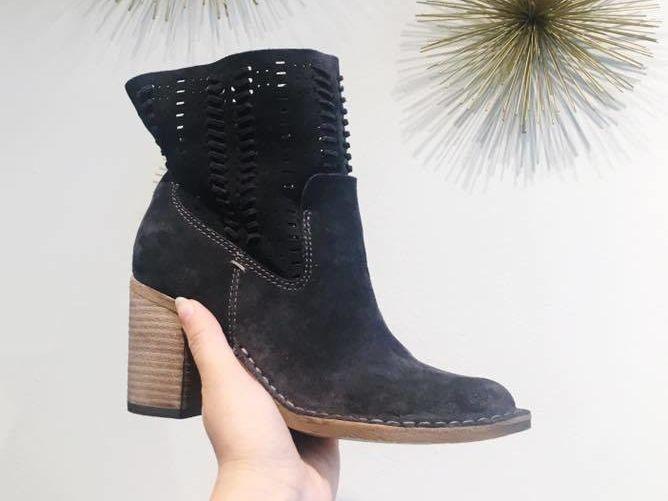 Shoe kdfbsp