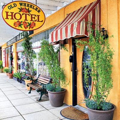 Old wheeler hotel2 odnysm