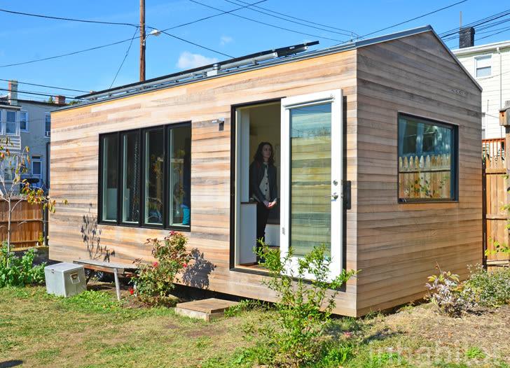 Minim house in boneyard studios tiny house village  o5b0ne