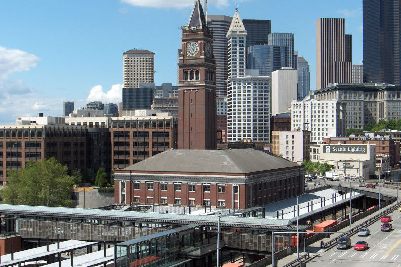King street station seattle 2005 05 23 clx40r