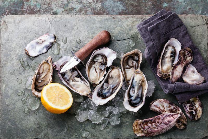 Bottlehouse oysters  1  2 0 0 c9tfpq