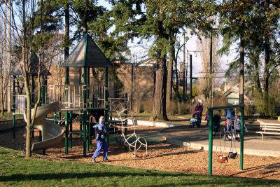 Playground igmi9q