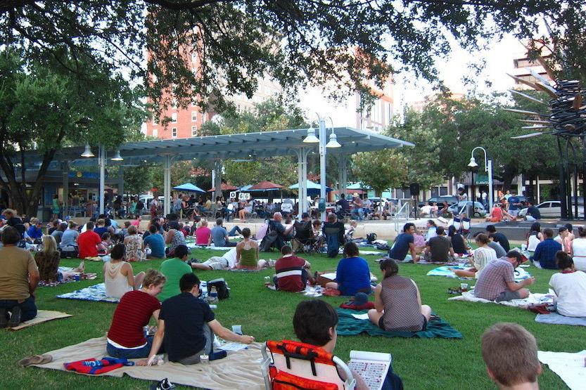 Blanket bingo market square park downtown houston nl2j3m