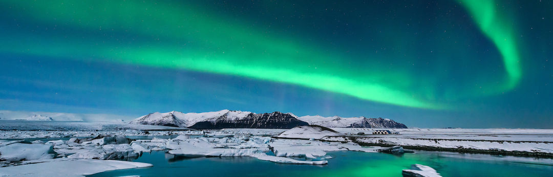Nothern lights icelandair clurt0