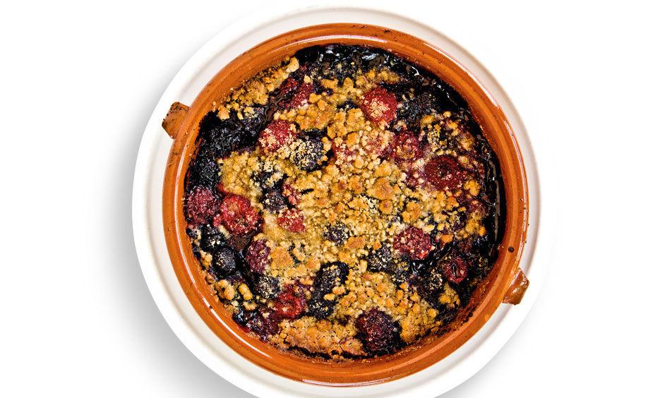 Summer berry crisp nostrana x4zgcx