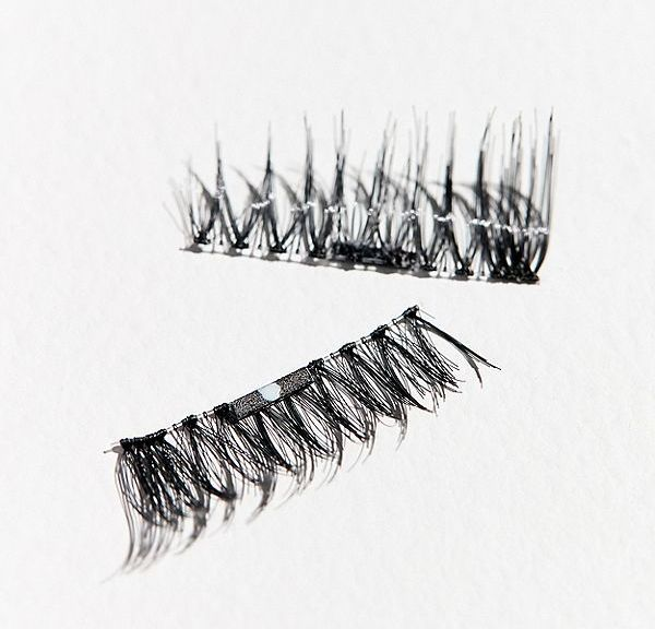 Close up of love lash zsc3mk