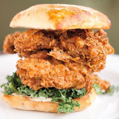 Skillet diner fried chicken sammy hum9ze