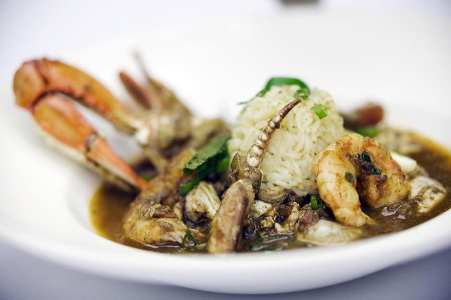 Brennan s seafood gumbo f4mfxs