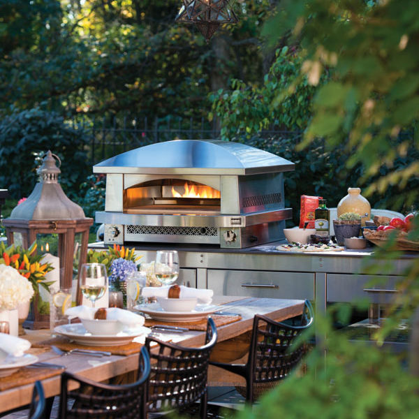 Artisan fire pizza oven w tablescape kalamazoo outdoor gourmet yk60nr