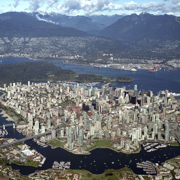 Airphoto vancouver aerial 2007 2 sogam1