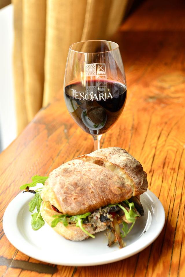Portobello sandwich sdyzyi
