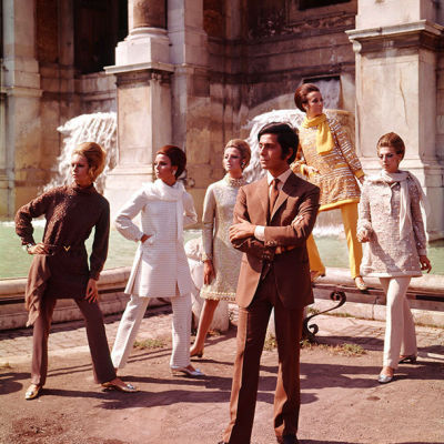 Valentino with models 1967 610px qglp6t