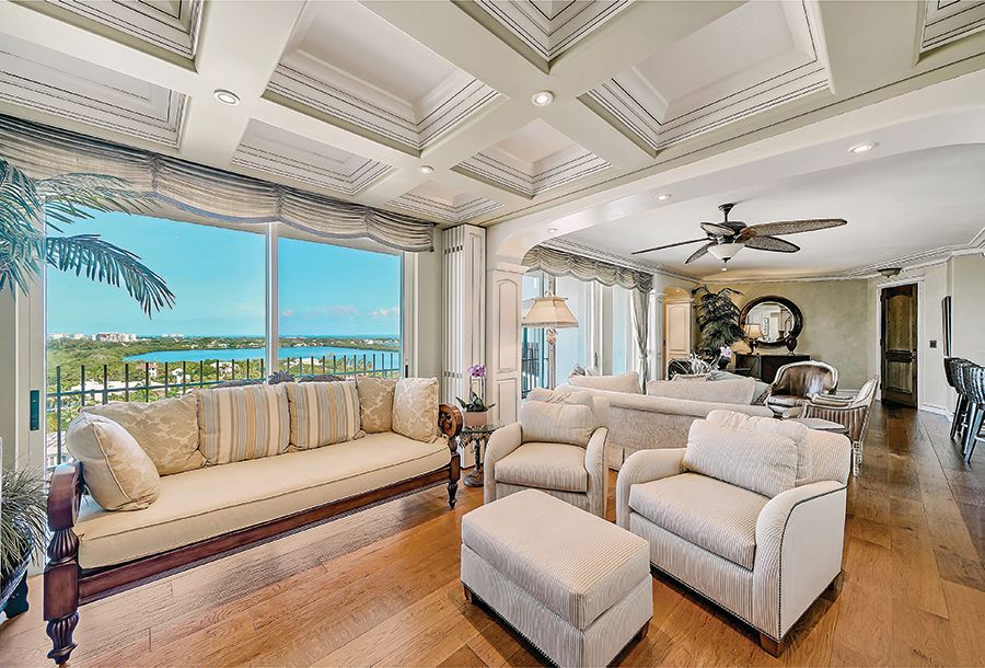 A penthouse in 1 Benjamin Franklin Drive