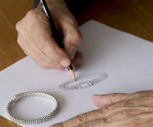 Lagos designers steven lagos drawing caviar up close 8 122 pknrlx