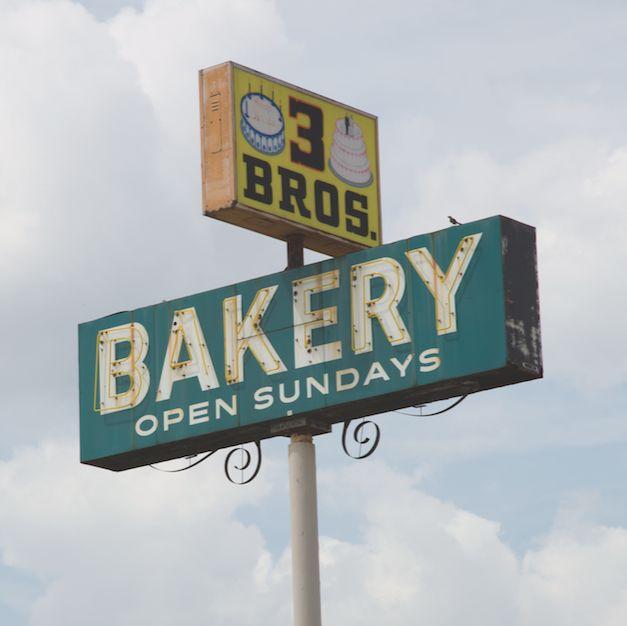 3 brothers bakery kbvvjg