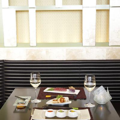 0209 105 dine artrestaurant hrkmmu