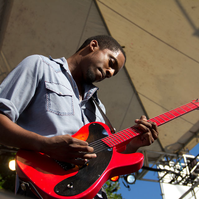 Black joe lewis and the honeybears waterftont blues festival intlqq