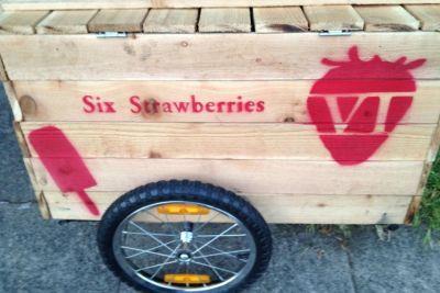 Six strawberries eoepbh