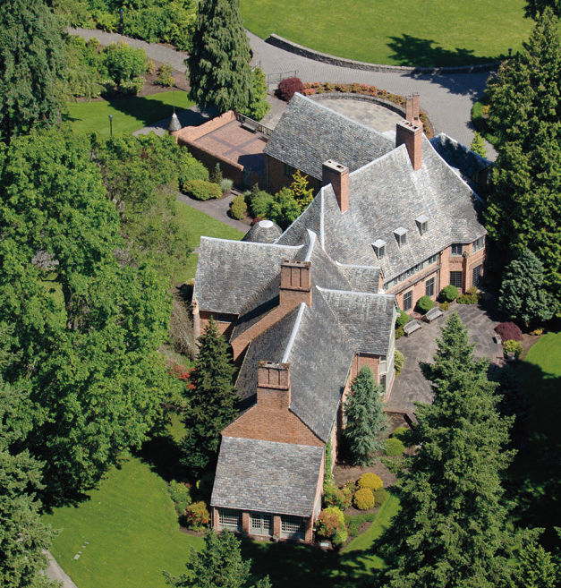 04 050 feature top homes frank estate exterior l00bge