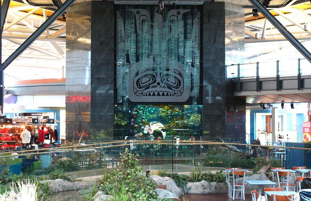 Vancouver airport aquarium qcpzln
