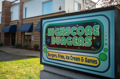 Highscore burgers 13 zhjuiw