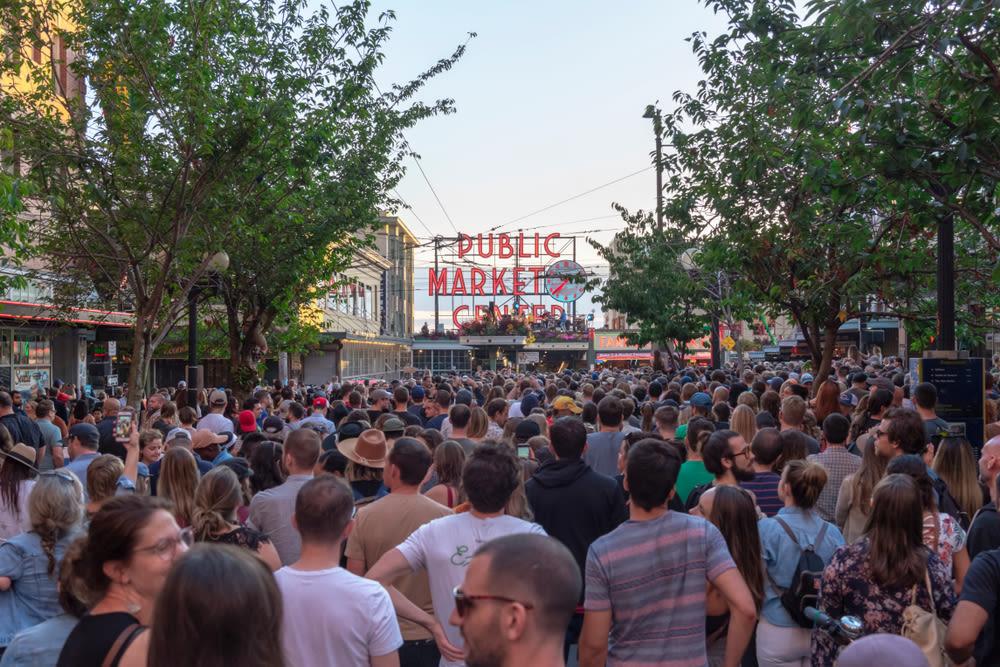 Downtown crowd