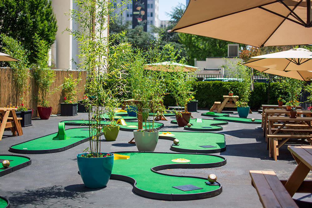 Boozy mini golf returns to goose hollow for the summer portland monthly for Garden city mini golf