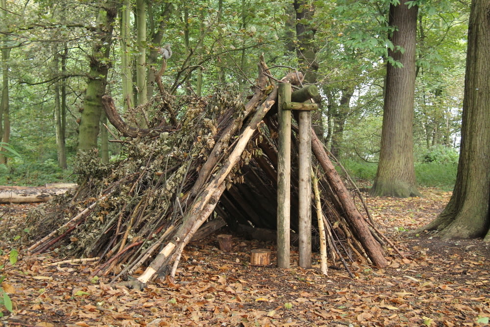 End of the world survival shelter daseaford ljc3jd