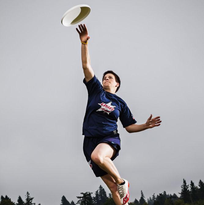 1112 chelsea putnam ultimate frisbee oyhadm