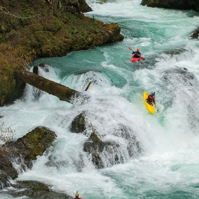 6 13 little white salmon river kayak d7l4lz
